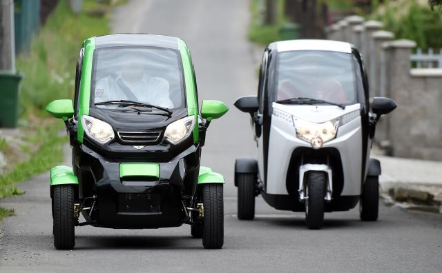 Ostravská firma Velor-X-Trike představila 13. května elektrické tříkolky a čtyřkolky, které vyvinula a bude vyrábět ve spolupráci s čínskou firmou. Zároveň otevřela nové předváděcí centrum.
