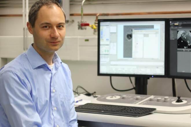 Pavel Plevka se zaměří na analýzu replikace enterovirů, které způsobují ročně miliardy infekcí, neexistují však proti nim žádná léčiva. Foto: Lenka Kožuchová / CC-BY