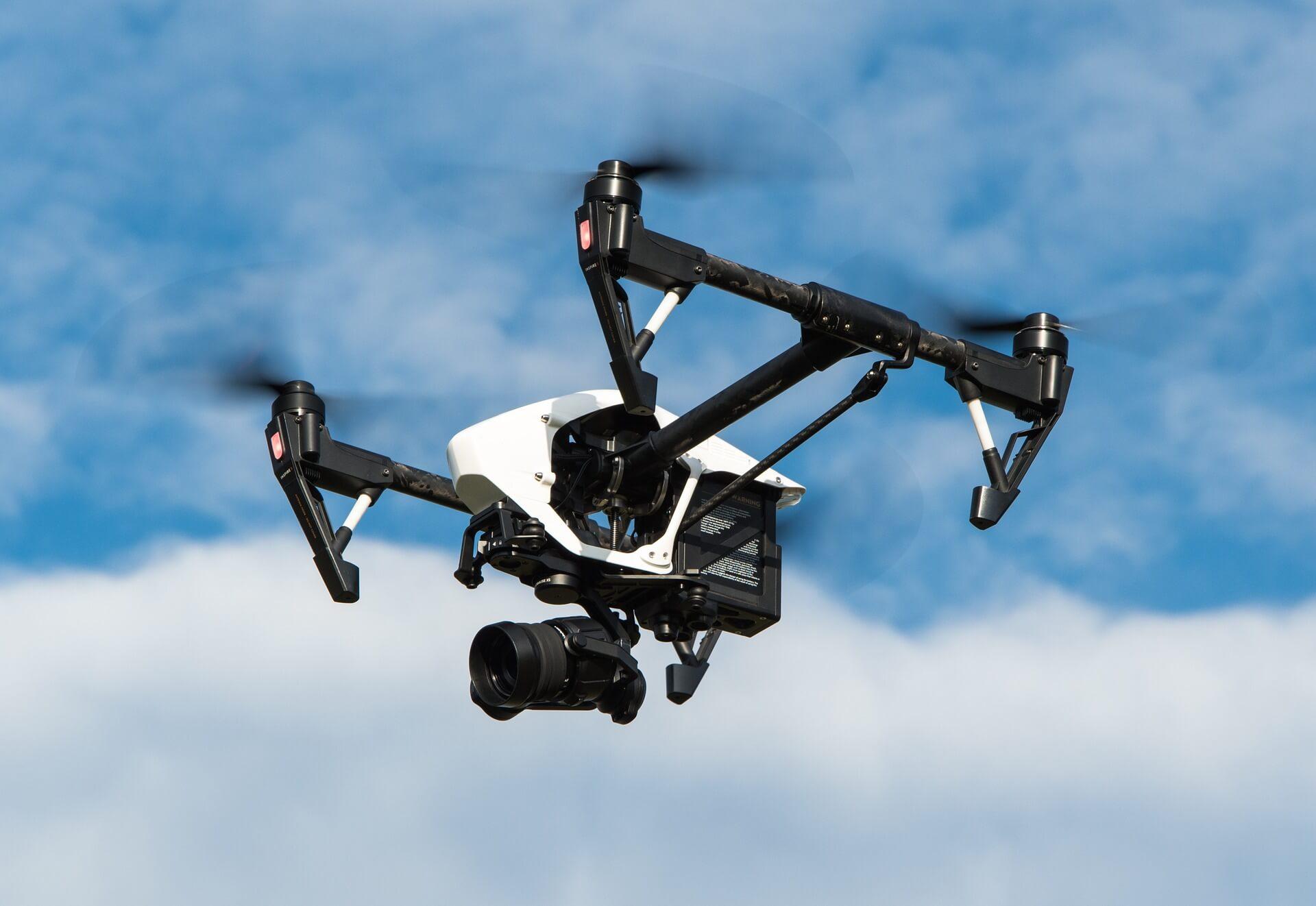 drone-1080844_1920 (1)