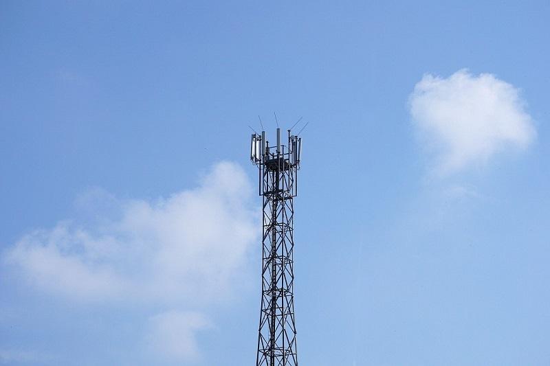 radio-tower-2817422_1280