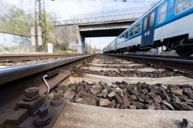 VUT_FSI_Chytre-senzory-na-zeleznici-Zdenek-Hadas_2021-04-28_Prokopius_01...(1)