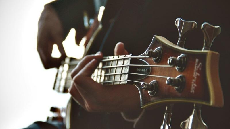 Guitar-kytara-hudebni-music